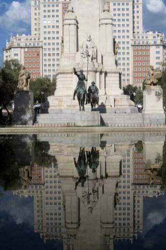 Cervantes-Denkmal am Plaza de España