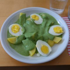 Eier und Kartoffeln mit Grüner Soße