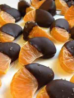 Chocolate-Dipped Mandarin Oranges