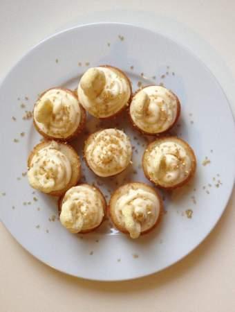 Honey + Vanilla Cupcakes