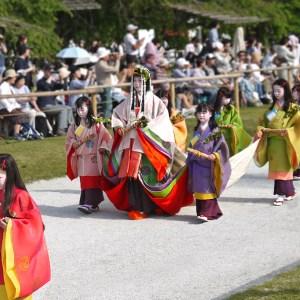 京都三大祭りの一つ、葵祭の見どころ、日程、コースについて