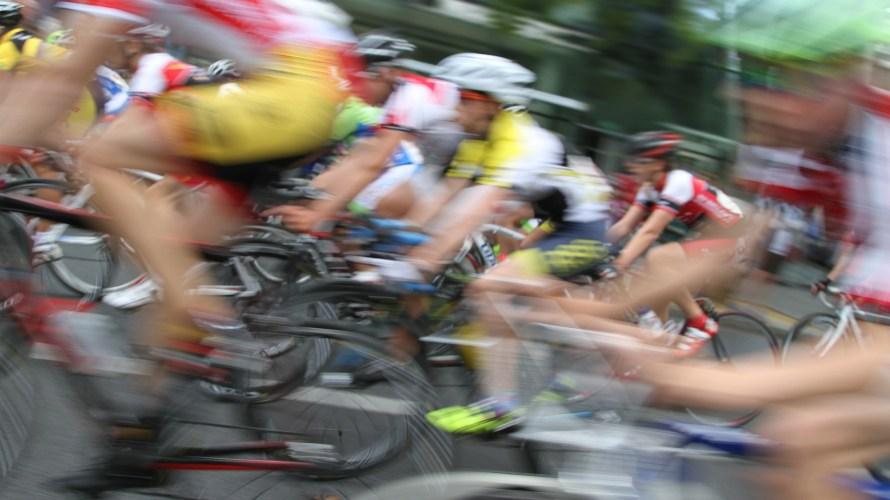 自転車ロードレースとは?観戦したら面白い?