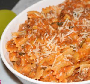 creamy bow tie pasta bolognese