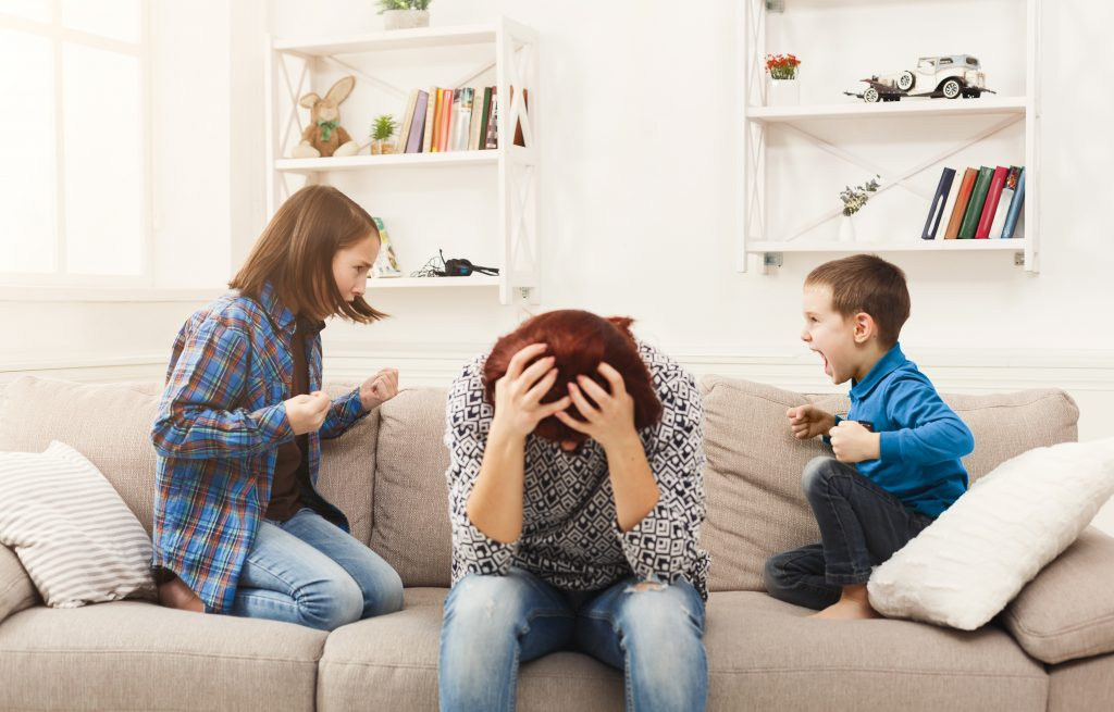 Mom who yells. Yelling tips for mom. Stop yelling at your kids.