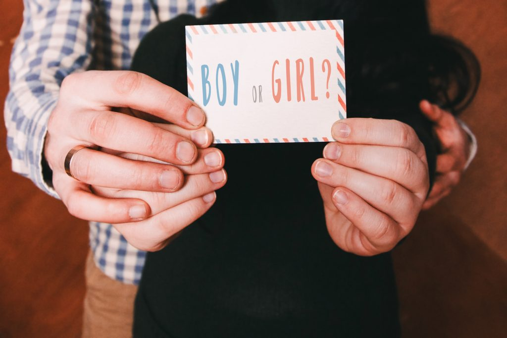 throw a gender reveal party for less