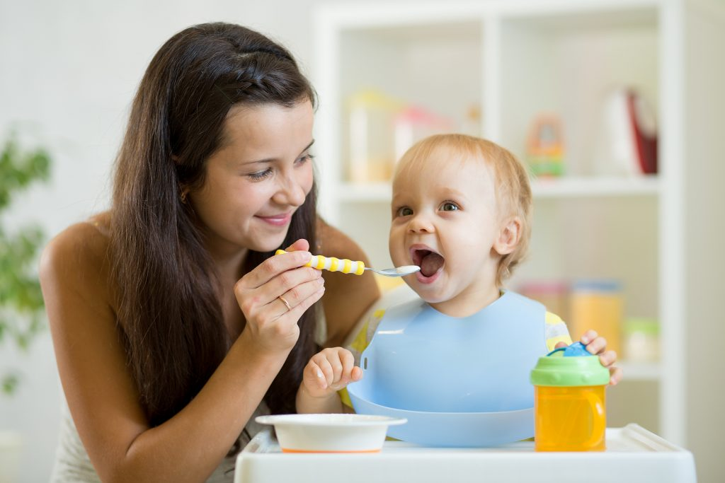fantastic baby feeding products to use when starting on solids
