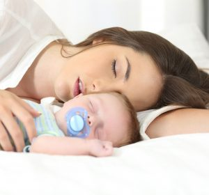 ways to survive the first night home with newborn