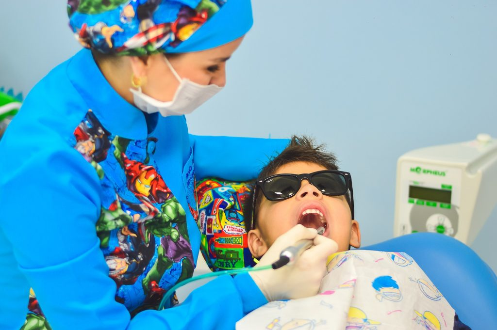 tips for parents whose children need a dental crown or filling