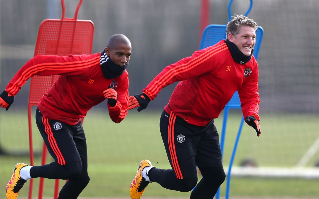 Schweinsteiger returns to first team training after hiatus