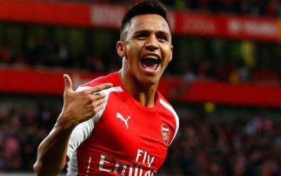 Like Van Persie, should United be looking to sign Arsenal's unsettled prized asset Sanchez?