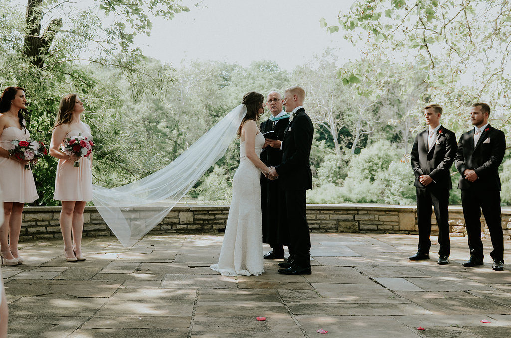 Officiate Wedding  Rich Events Wedding Chapels In Nashville     wedding officiating tips for having a family member or friend officiate  your wedding