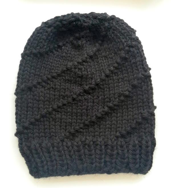 schwarzer Hurricaen Hat