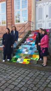 Pinneberg Präsentation der Decke gemeinsam mit der Gleichstellungsbeauftragten, Deborah Azzab-Robinson, und der Bürgermeisterin Urte Steinberg am 25.09.2018