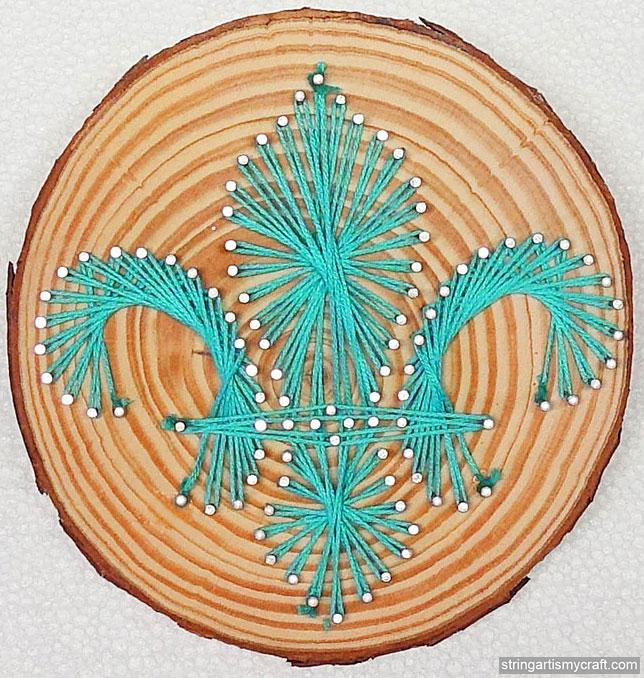 Fleur-de-Lis pattern at String Art Fun website