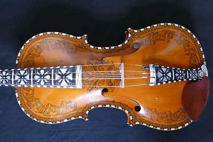 Close up of Hardanger fiddle