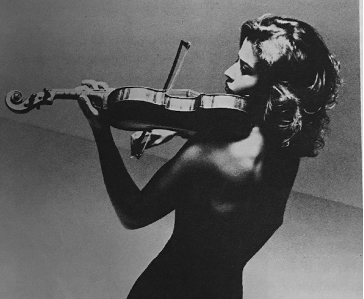 anne-sophie-mutter-strings-magazine-30th-anniversary