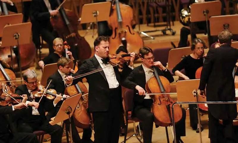 Nikolaj Znaider playing violin in concert