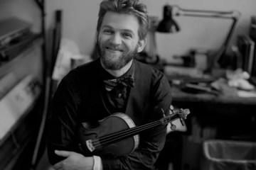 Violinist Johnny Gandelsman