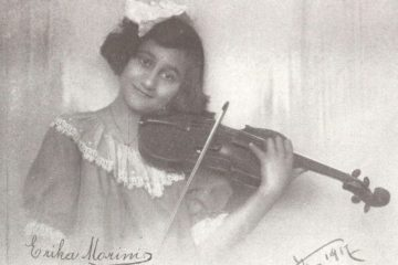 Young Erica Morini with violin