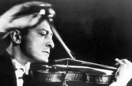 Jascha Heifetz with violin