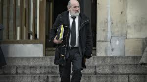 Bonadio saliendo de tribunales