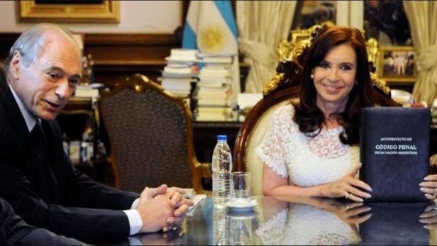 Macri, Eugenio Zaffaroni, Cambiemos, WikiLeaks, Hugo Moyano, Cristina Fernandez de Kirchner, embajada de Estados Unidos, Wall Street Journal