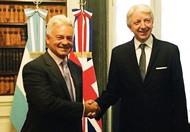 Malvinas, Reino Unido, Malcorra y Faurie