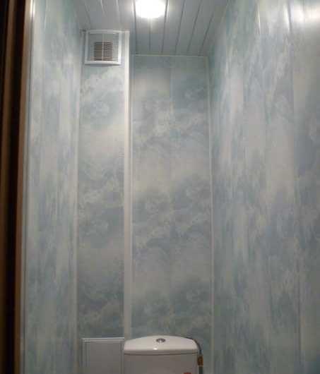 Как самостоятельно установить пластиковые панели в туалете