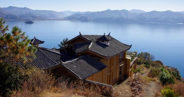 Kloster und Stupas 1