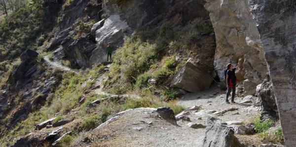 Tiger Leaping Gorge Felswände