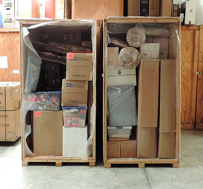 Strom White Movers