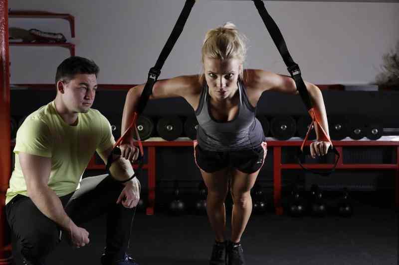 אימון לעלייה במסת שריר וירידה במשקל