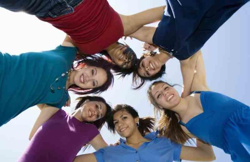 יצירת מעגל חברים קרוב