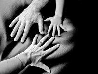 hands-2-1312272