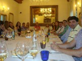 (04/jun) Depois da aula os alunos foram convidados pelo Coordenador Geral da Fondazione, Sr. Paolo para um jantar de boas vindas. Um excelente restaurante, onde foi nos servido um delicioso jantar regado a vinho de várias regiões da Itália.