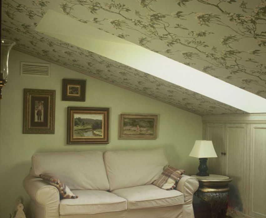 Цвет стен мансарды. Мансарда на даче (53 фото): возведение и отделка помещения под кровлей