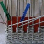 ラックが動かないように、それらは洗濯はさみを形に固定するのが良い