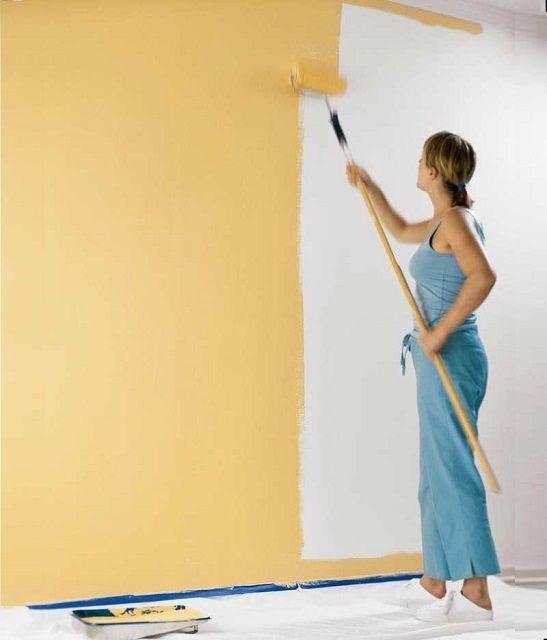 Farvevægge kan udføres på egen hånd, men manifesterer en særlig nøjagtighed.