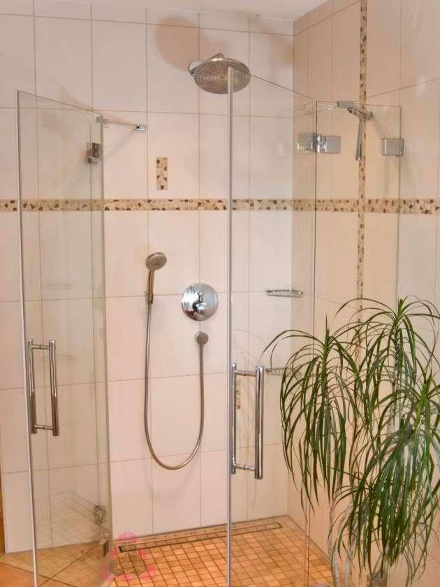 Kundenbilder Dusche Bad Badezimmer Wandfliesen