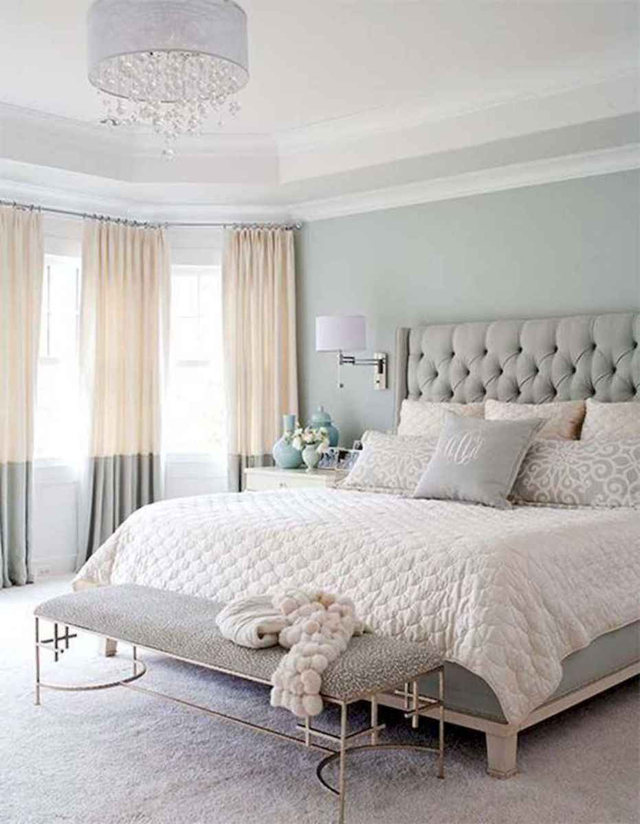 15 small master bedroom decorating ideas