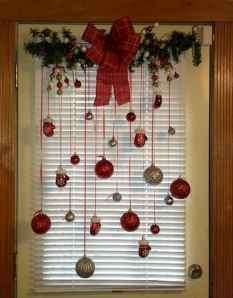 26 beautiful christmas decorating ideas on a budget
