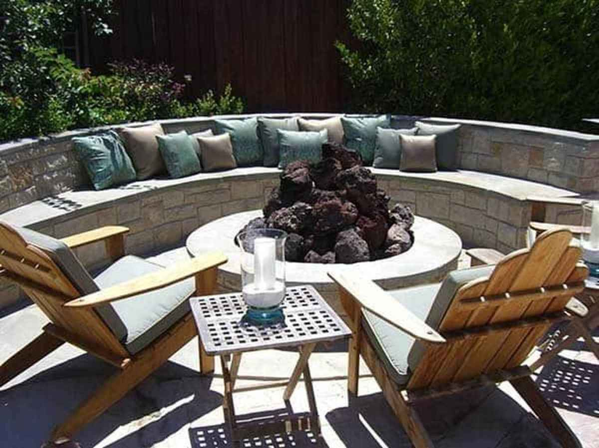 43 cozy outdoor fire pit seating design ideas for backyard