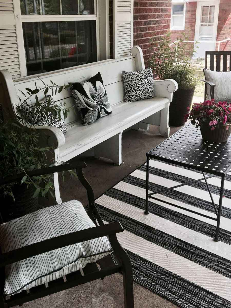 76 amazing summer front porch seating ideas