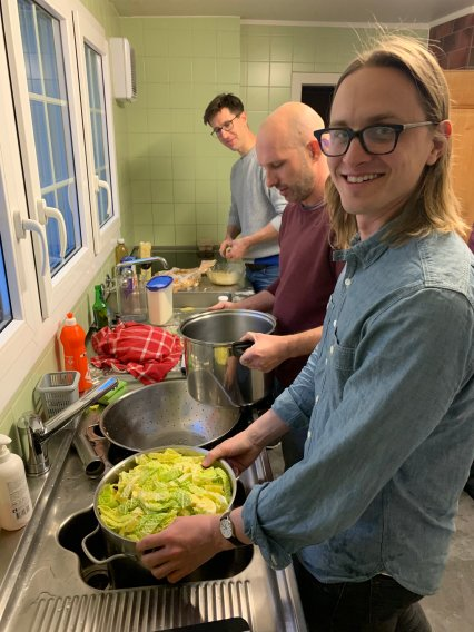 Claudio Madonna, Jonas Ruh, and Quinn Wenning worked hard in the kitchen and prepared the SGT group a delicious pizzoccheri dinner, from scratch!