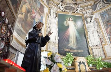 On Divine Mercy Sunday, Pope Will Offer Mass in Church with St. Faustina's Relics