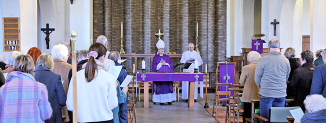 Bishop Martin presides over Eucharist at St. Thomas