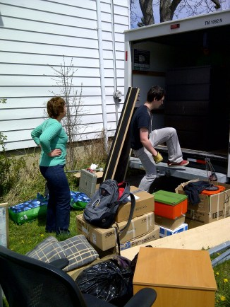 Heidi supervising the load.