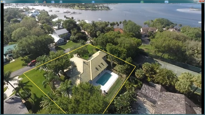 Spacious Coral Point Pool Home