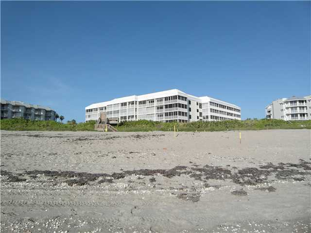 Plantation House Condos on Hutchinson Island