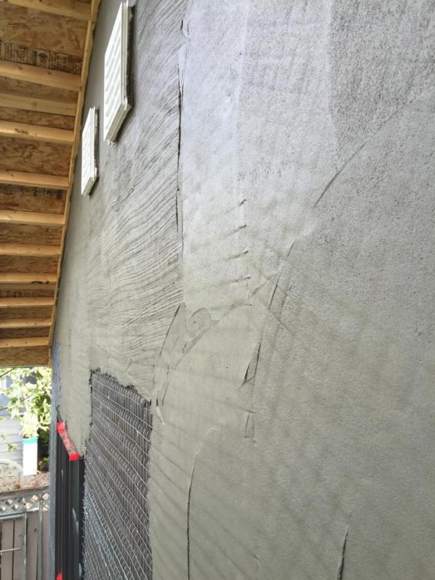 stucco-house-build-on